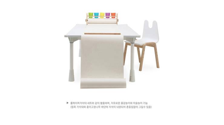 스노우 책상 상세 설명 및 활용 예시: 토끼네집의  아이 방,