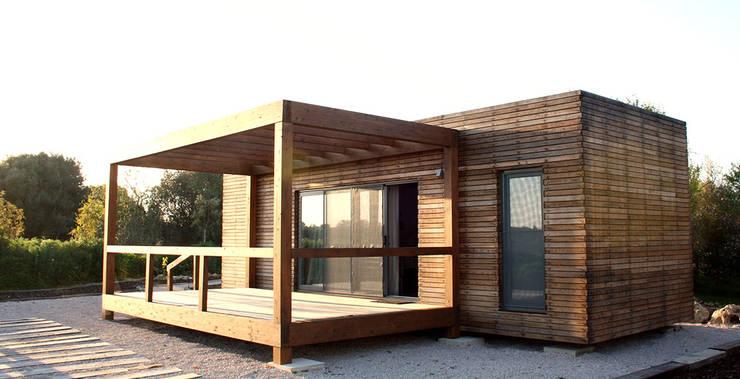 Bungalow Wood Algarve - 45graus: Bungalows  por goodmood - Soluções de Habitação
