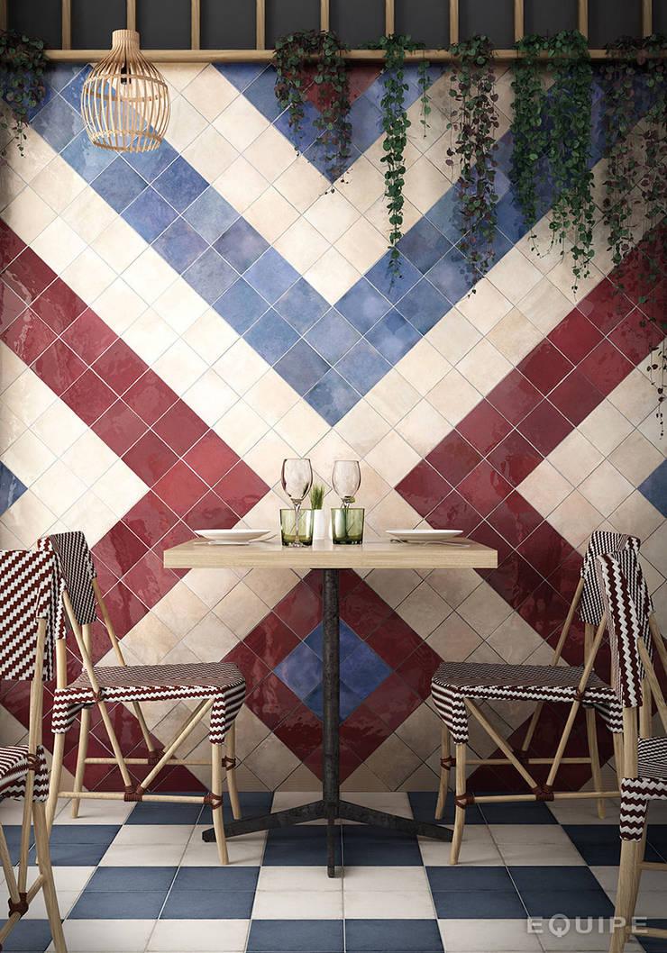 Hiên, sân thượng theo Equipe Ceramicas, Địa Trung Hải gốm sứ
