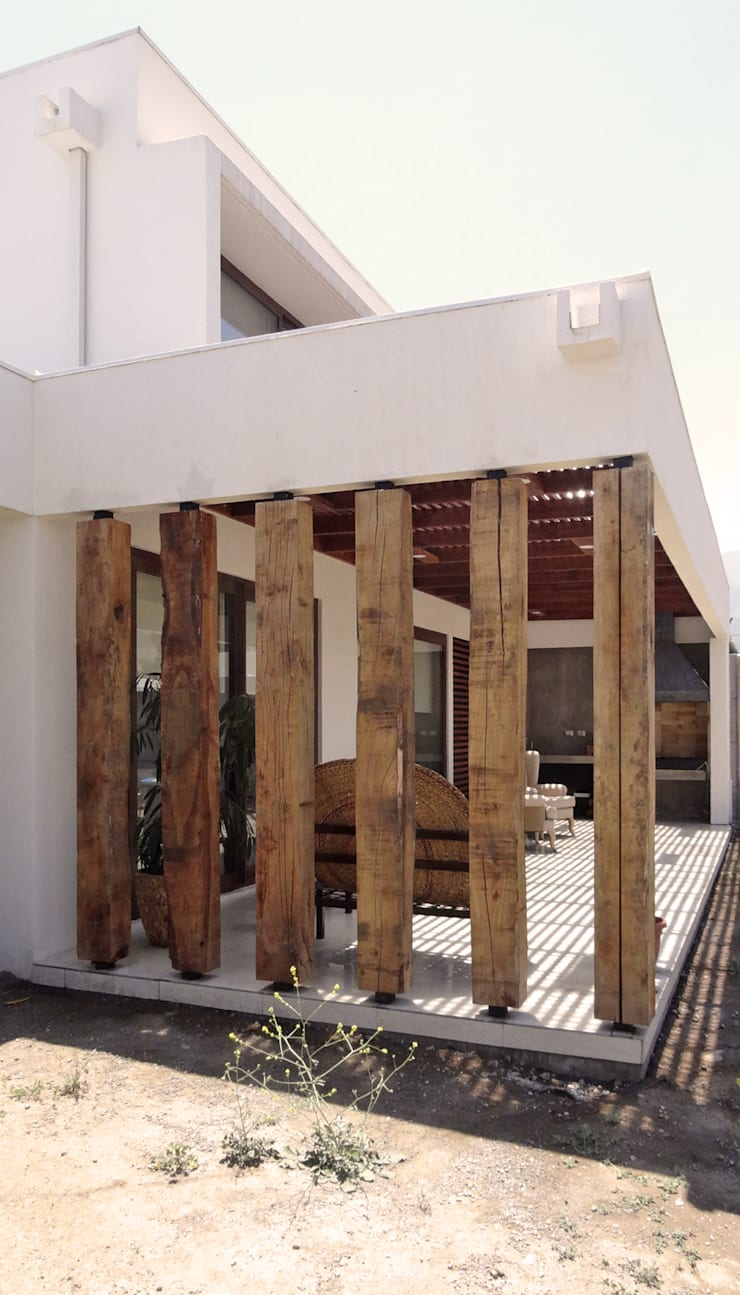 Quincho San Anselmo, 30m2, Chicureo: Terrazas  de estilo  por m2 estudio arquitectos