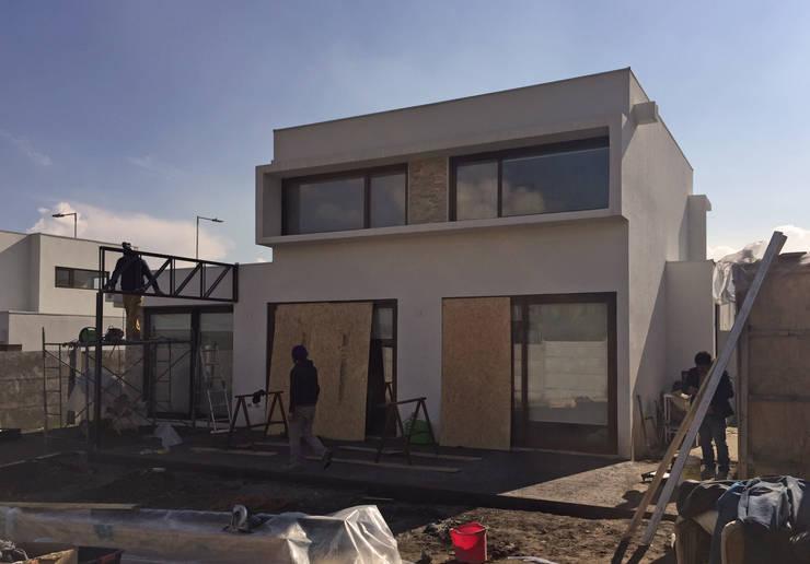 Quincho San Anselmo, 30m2, Chicureo:  de estilo  por m2 estudio arquitectos