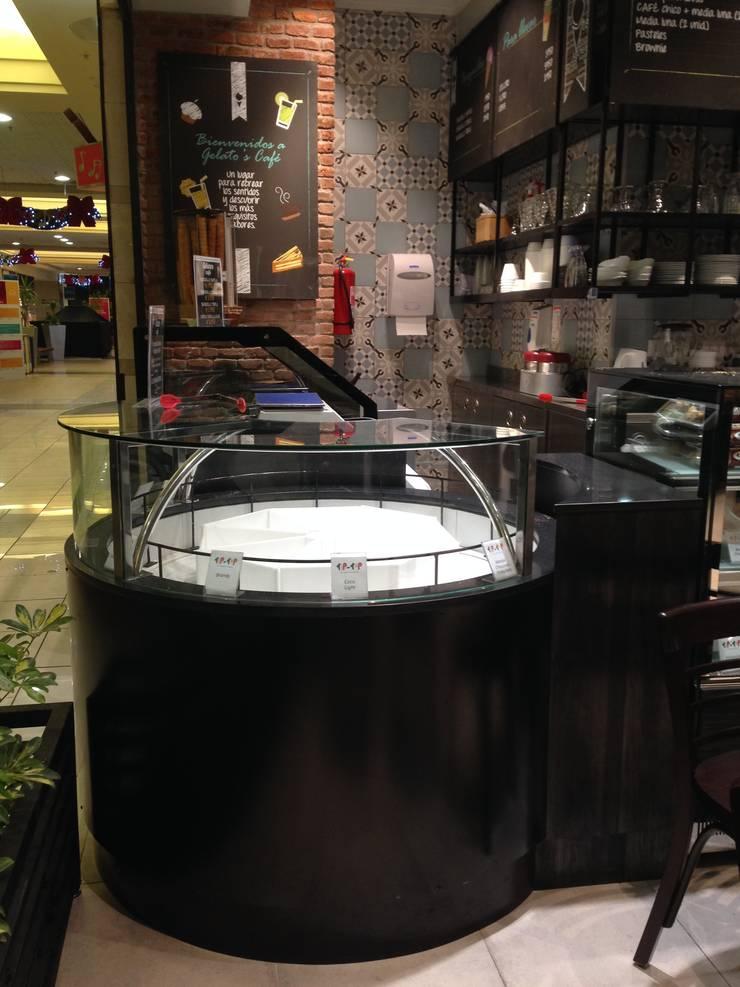 Gelatos – La Reina: Restaurantes de estilo  por TONINO