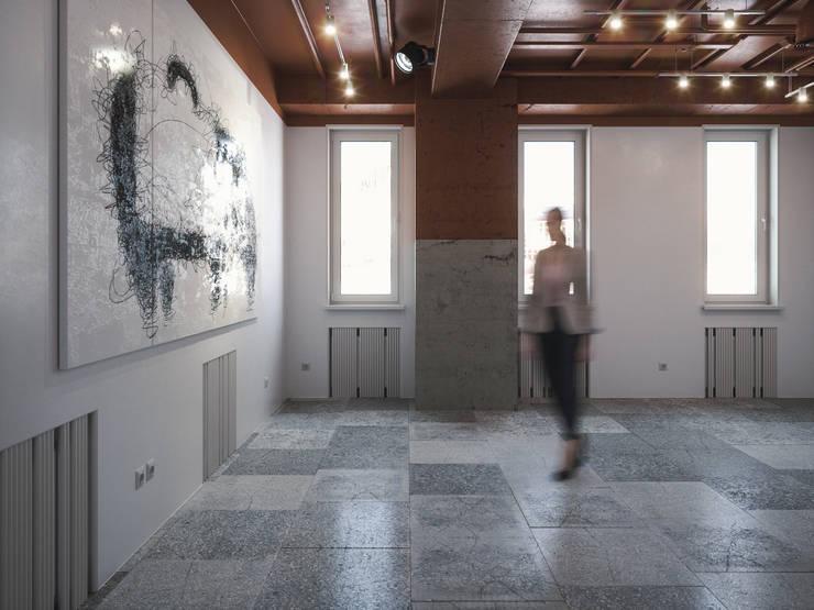 Lilo & Co: Офисные помещения в . Автор – ANARCHY DESIGN, Лофт Камень