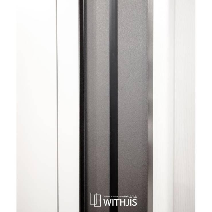 측면 문선: WITHJIS(위드지스)의  복도 & 현관,