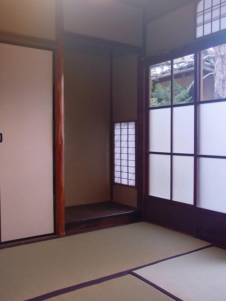 床の間: 一級建築士事務所 ネストデザインが手掛けた和のアイテムです。
