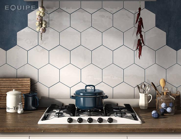 Hexatile:  de estilo  de Equipe Ceramicas