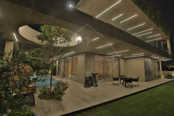 <q class='-first'>WRAPED</q> ARCHITECTURE -:  Bungalows by SPACCE INTERIORS