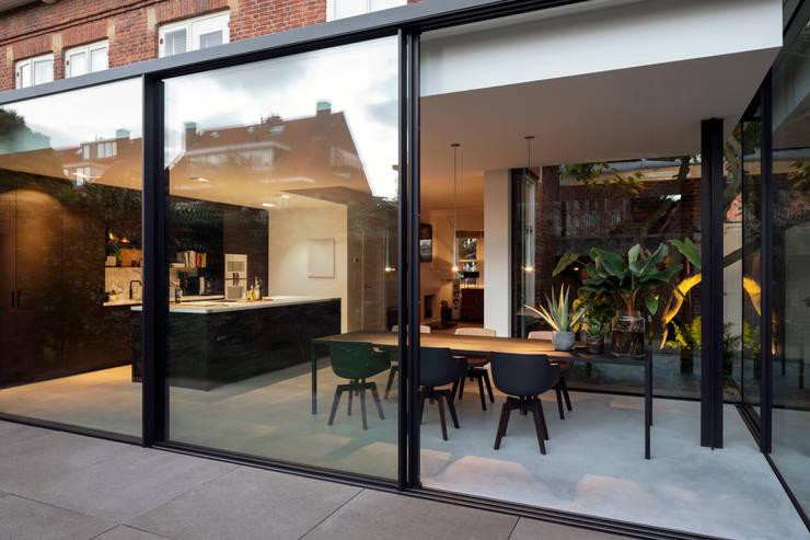 Kitchen by Bloot Architecture