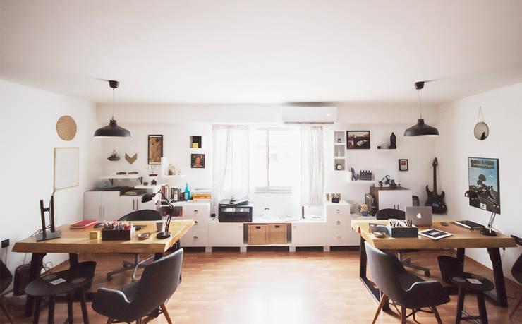 Gedung perkantoran oleh Barkod Interior Design, Eklektik