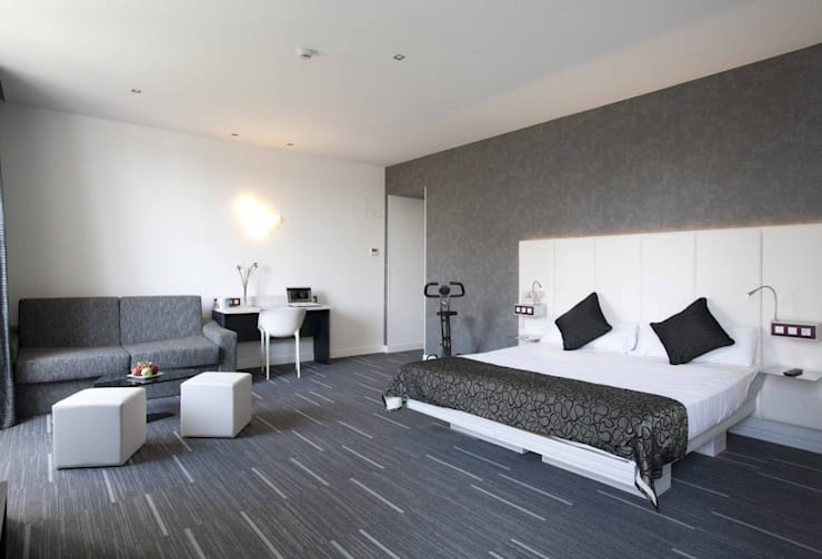 Alfombra modular : Pisos de estilo  por Interiorismo 3P