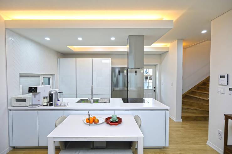 화순 석고리: 하우스톡의  주방,모던