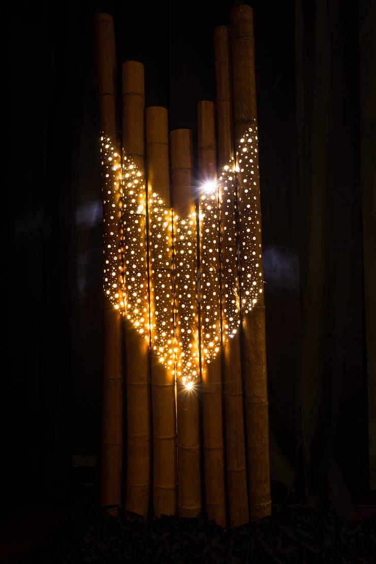 대나무 조명: 서리서리 공방의  거실
