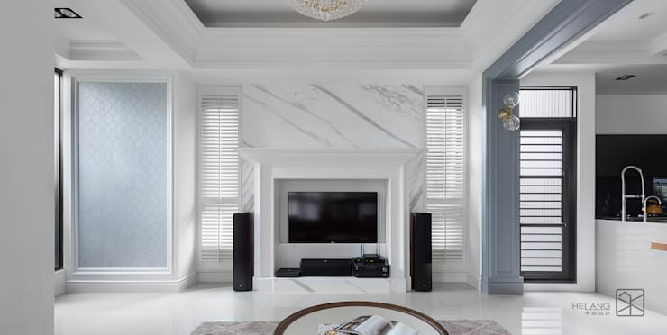大理石電視牆:  客廳 by 禾廊室內設計