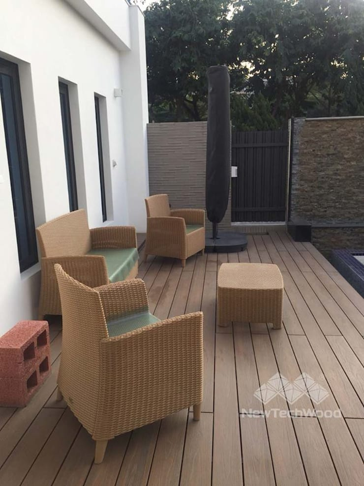 Asian style garden by 新綠境實業有限公司 Asian Wood-Plastic Composite