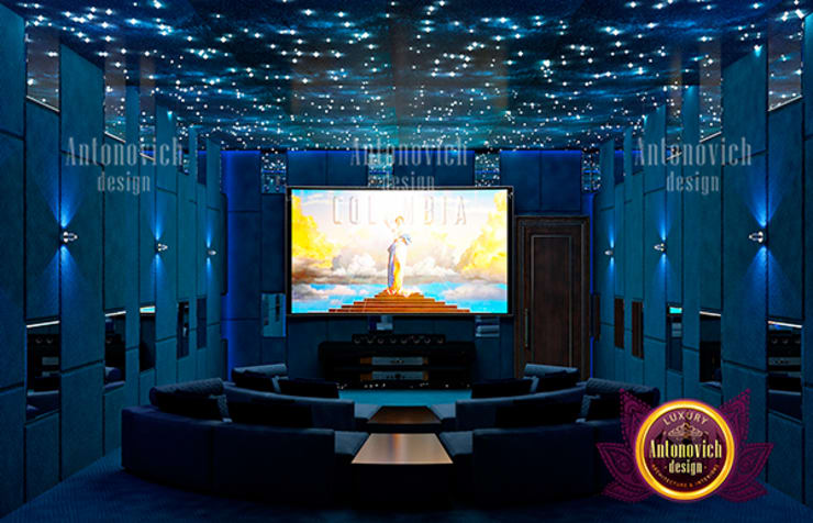 Spacious Majestic Home Theater Interior:   by Luxury Antonovich Design,