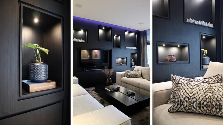 Amsterdams appartement op de Zuidas:  Woonkamer door NV INTERIORS, Modern
