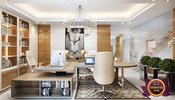 Warm Cozy Work Space Interior:   by Luxury Antonovich Design