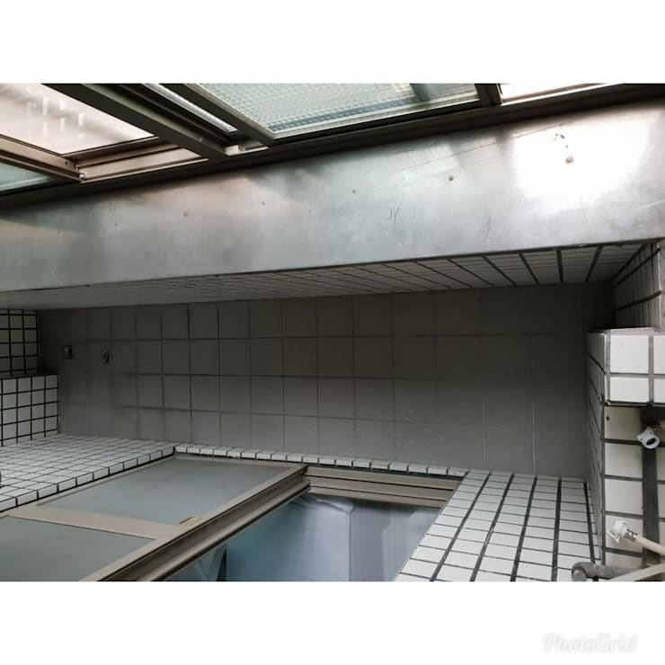 陽台塑木施工:  陽台 by 新綠境實業有限公司