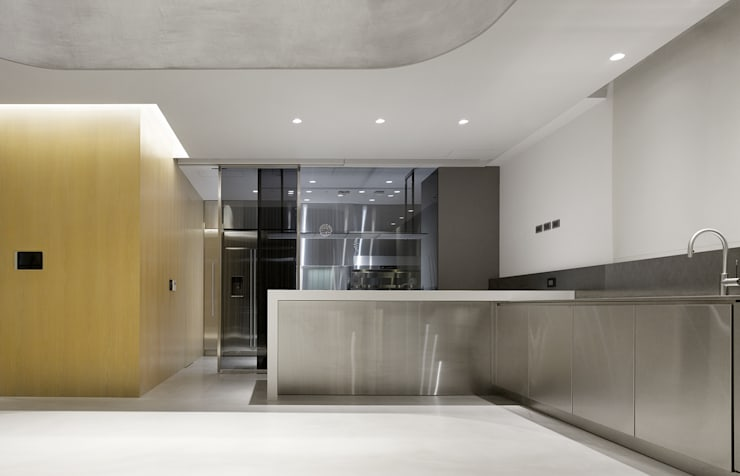 Cuisine de style  par  何侯設計   Ho + Hou Studio Architects , Moderne