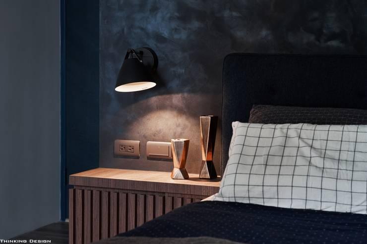 謐白:  臥室 by 思維空間設計
