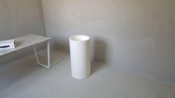 s-49: SURFACED 창조의  욕실