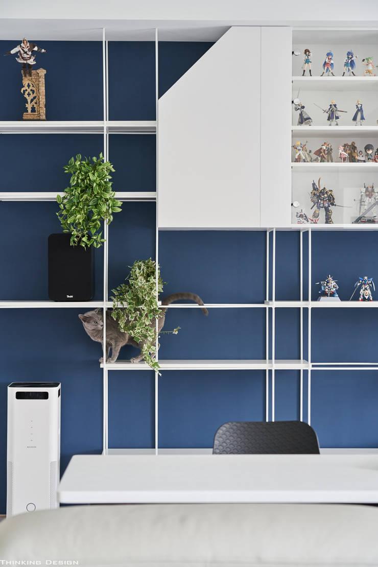 BLUE X PLAY:  牆面 by 思維空間設計