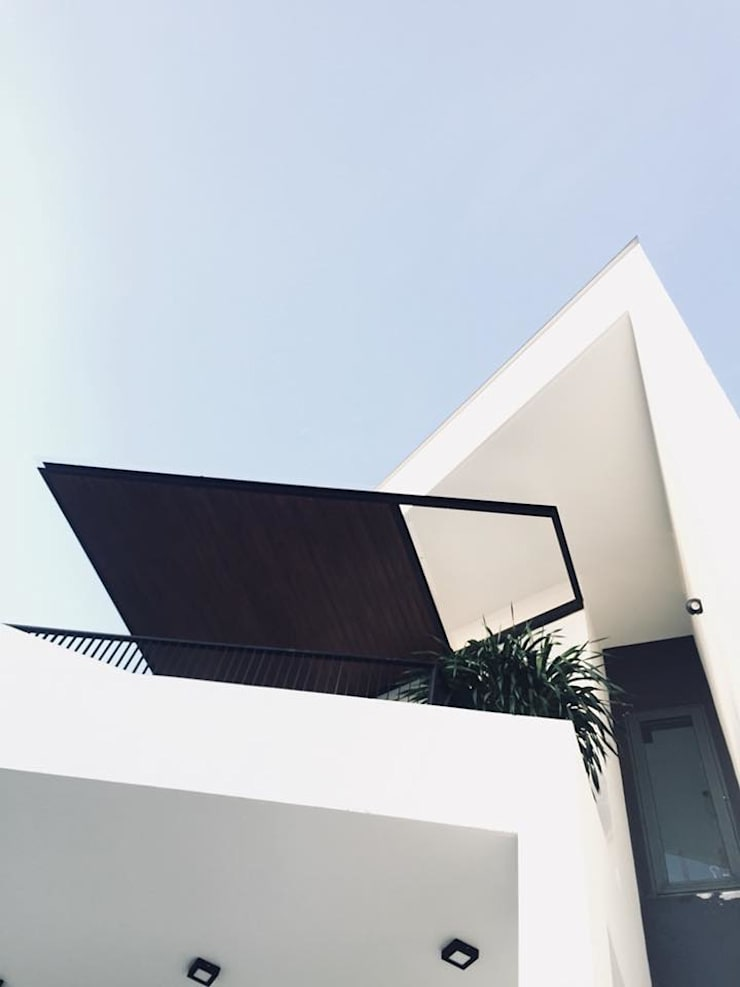 HOUSE CHI:  Nhà by AE STUDIO DESIGN