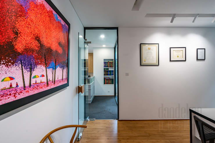 Thiết kế thi công nội thất văn phòng (V7):  Văn phòng & cửa hàng by Dandelion Design Construction
