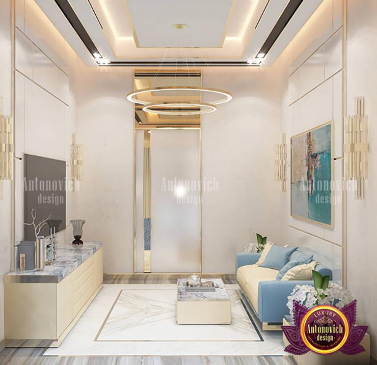 Dazzling Modern Sitting Zone:   by Luxury Antonovich Design