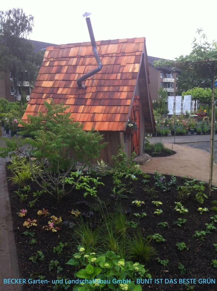 Gartenhaus - Hexenhaus:  Garten von BECKER Garten- und Landschaftsbau GmbH