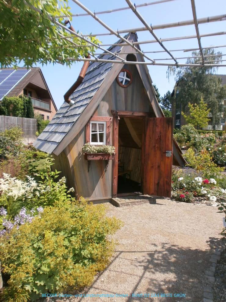 Gartenhaus – Hexenhaus:  Garten von BECKER Garten- und Landschaftsbau GmbH