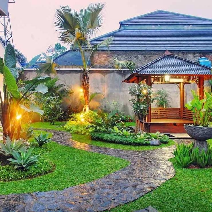 Tukang Taman Profesional:  Taman by Tukang Taman Surabaya - Tianggadha-art