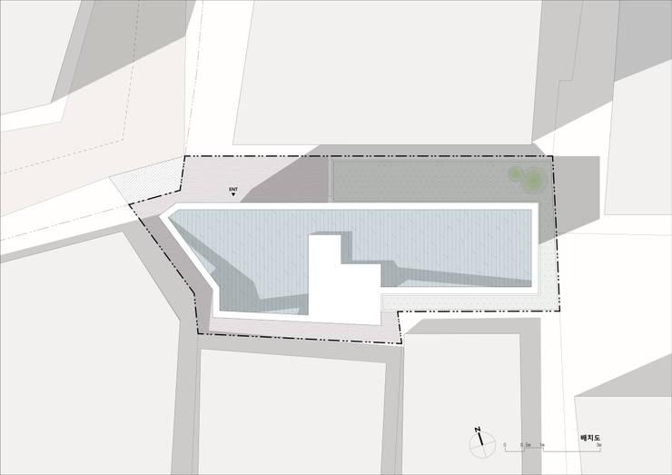 필운동 단독주택(협소주택) 서랍: (주)건축사사무소 더함 / ThEPLus Architects의  ,