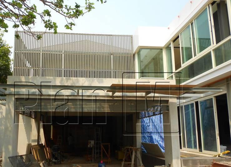 ปรับปรุง Facade:  อาคารสำนักงาน by plan mission project