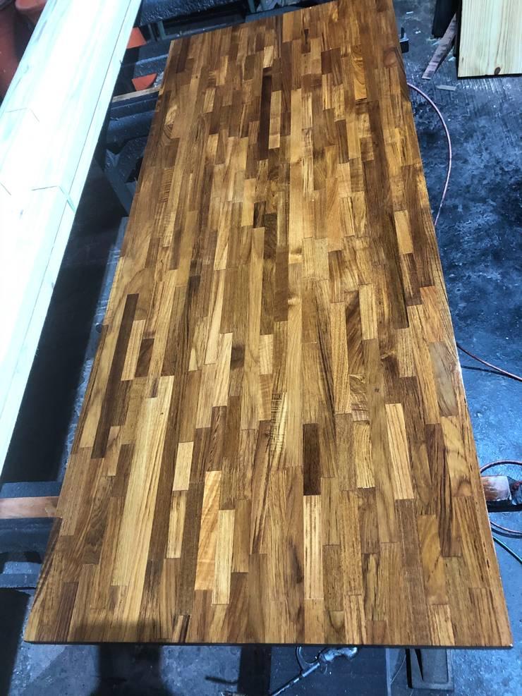 各式木質樓梯踏板:  牆壁與地板 by 茂林樓梯扶手地板工程團隊