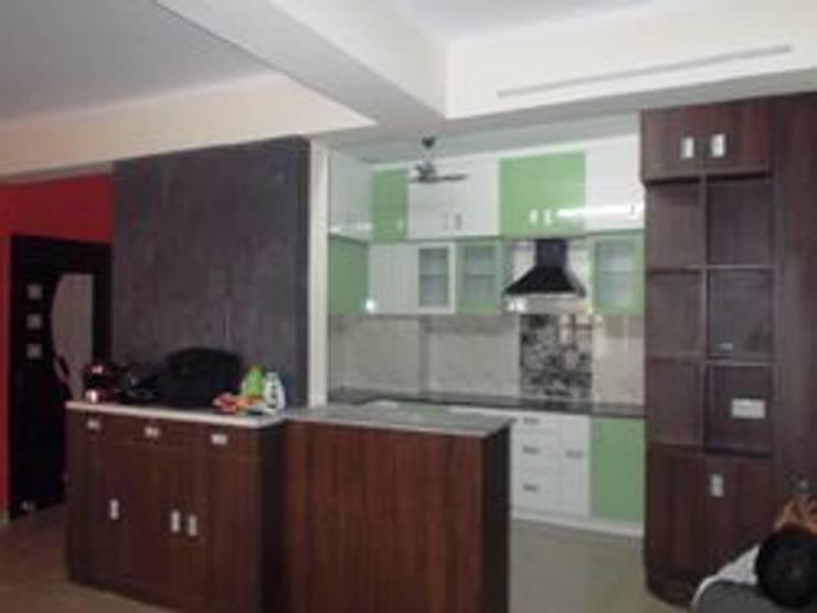 Comedor de estilo  por Imam interior and construction pvt ltd,