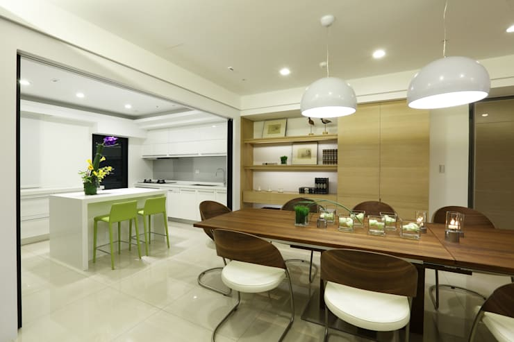 Phòng ăn phong cách Bắc Âu bởi 雅群空間設計 Bắc Âu
