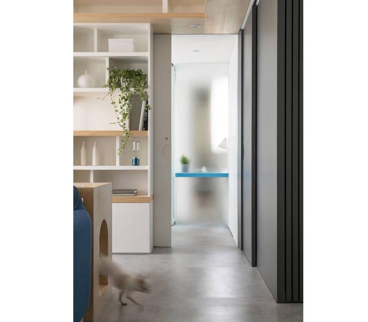 Liho你好:  走廊 & 玄關 by 寓子設計, 北歐風