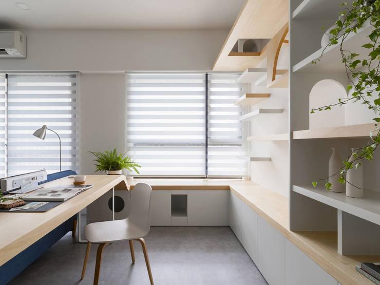 Liho你好:  書房/辦公室 by 寓子設計, 北歐風