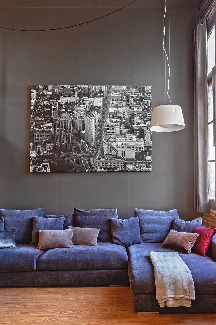 Living room by ESTUDIO DE CREACIÓN JOSEP CANO, S.L., Modern