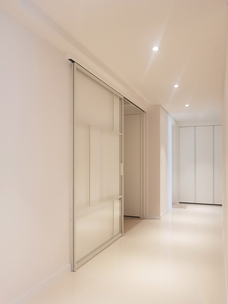 Corridor & hallway by WITHJIS(위드지스)