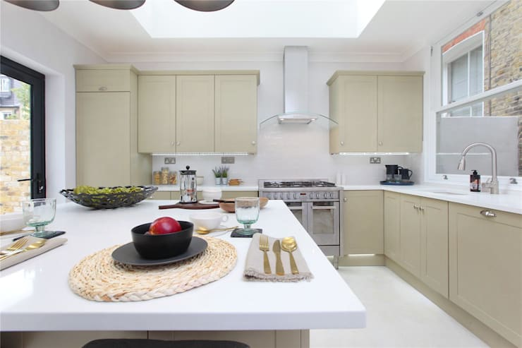 Kitchen extension Richmond:  Kitchen by Design and Build London Renovation