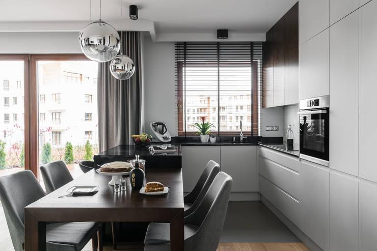 Cucina in stile  di Anna Serafin Architektura Wnętrz