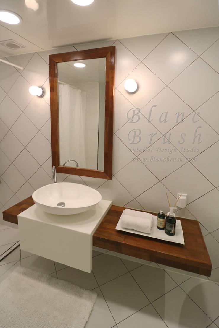 분당구 금곡동 분당하우스토리 63평 아파트 인테리어: 블랑브러쉬의  욕실,모던