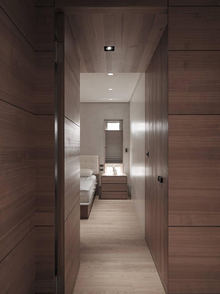 水平之家:  臥室 by 形構設計 Morpho-Design