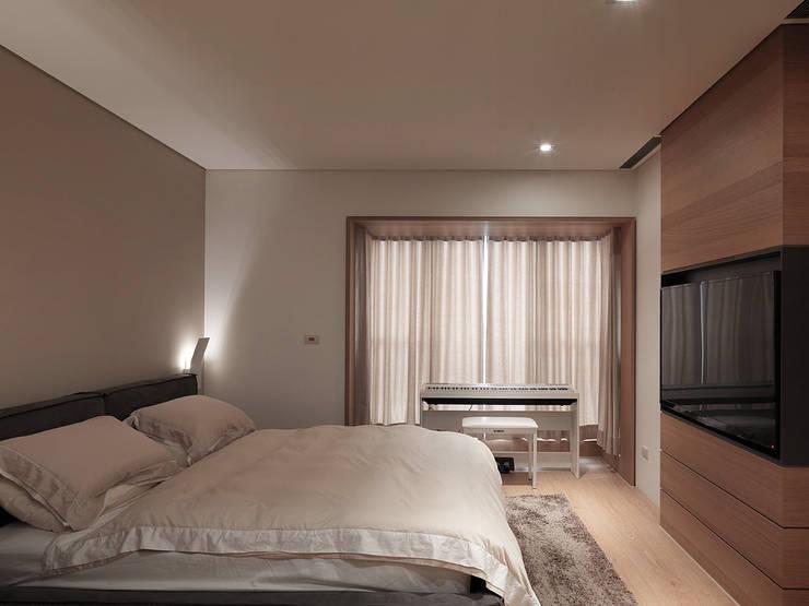 FRAME:  臥室 by 形構設計 Morpho-Design
