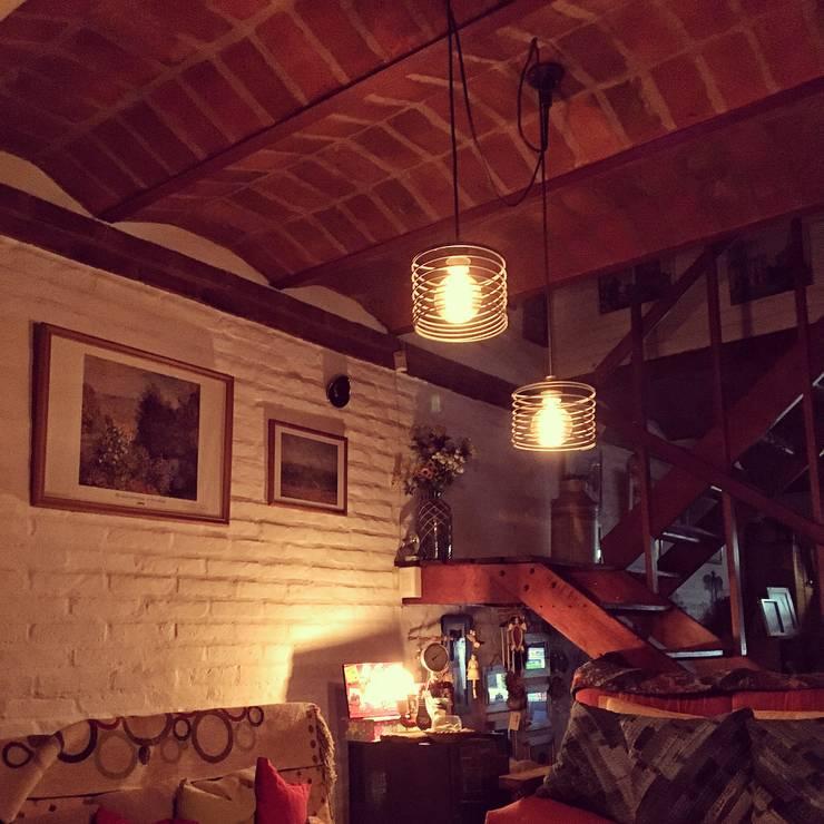 Lamparas Colgantes Estilo Vintage Industrial Deco Living Loft :  de estilo industrial por Lamparas Vintage Vieja Eddie,Industrial Hierro/Acero