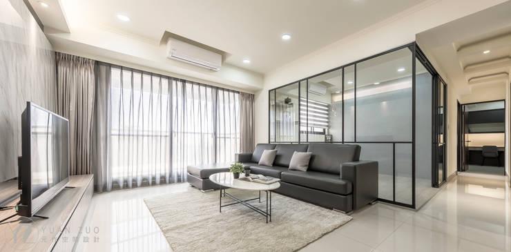 JIAN House:  客廳 by 元作空間設計