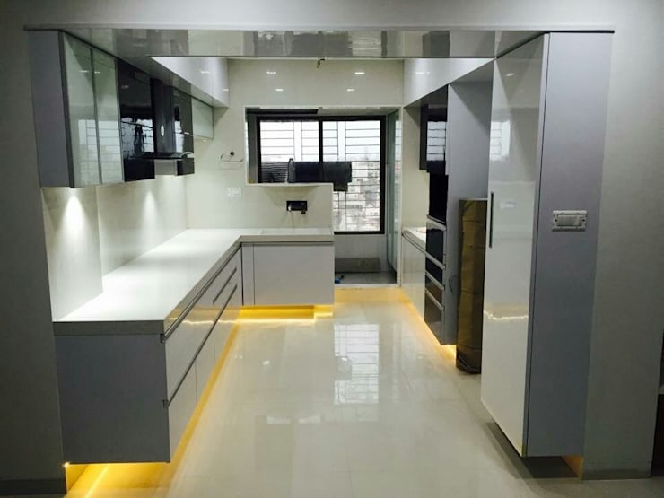 Beautiful kitchen designs for home. :  Built-in kitchens by ECLECTIC INTERIORS AND SERVICES