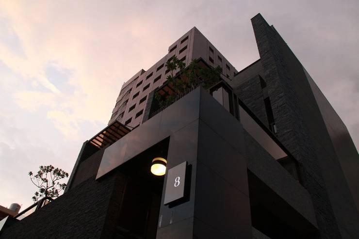 別墅外觀 by 勻境設計 Unispace Designs Modern